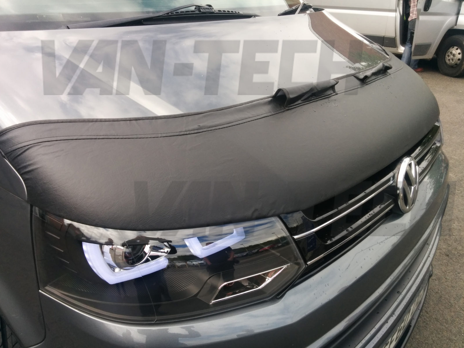 VW T5 Transporter Bonnet Bra Half fits facelift models 2010 , 2016