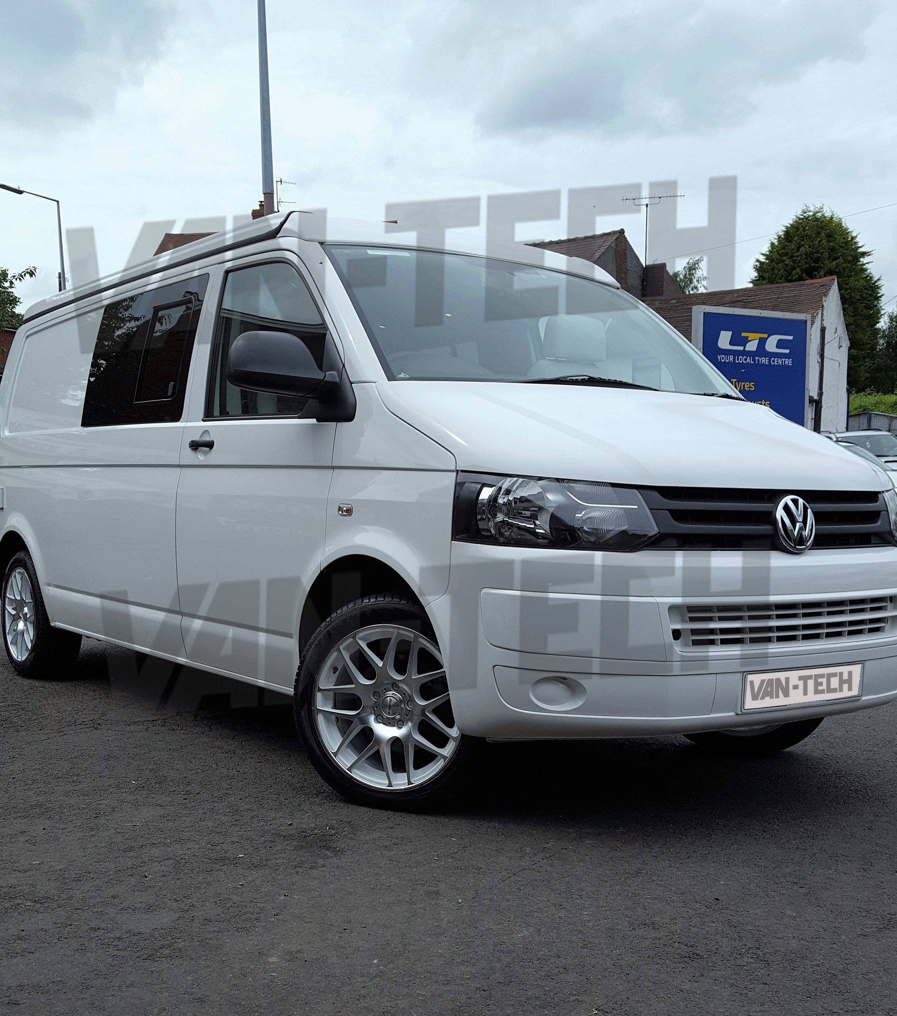 calibre exile 18 alloy wheels polished white vw t5 van van tech. Black Bedroom Furniture Sets. Home Design Ideas