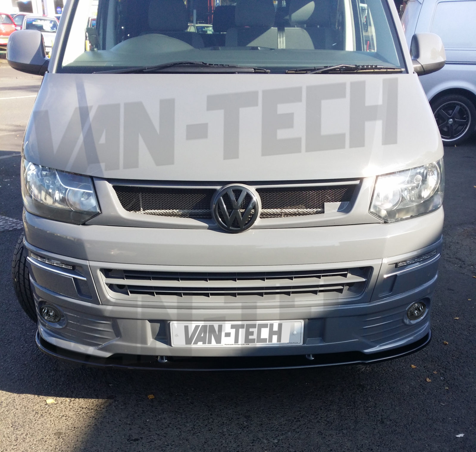 vw transporter t5 lower front end conversion styling kit van tech. Black Bedroom Furniture Sets. Home Design Ideas