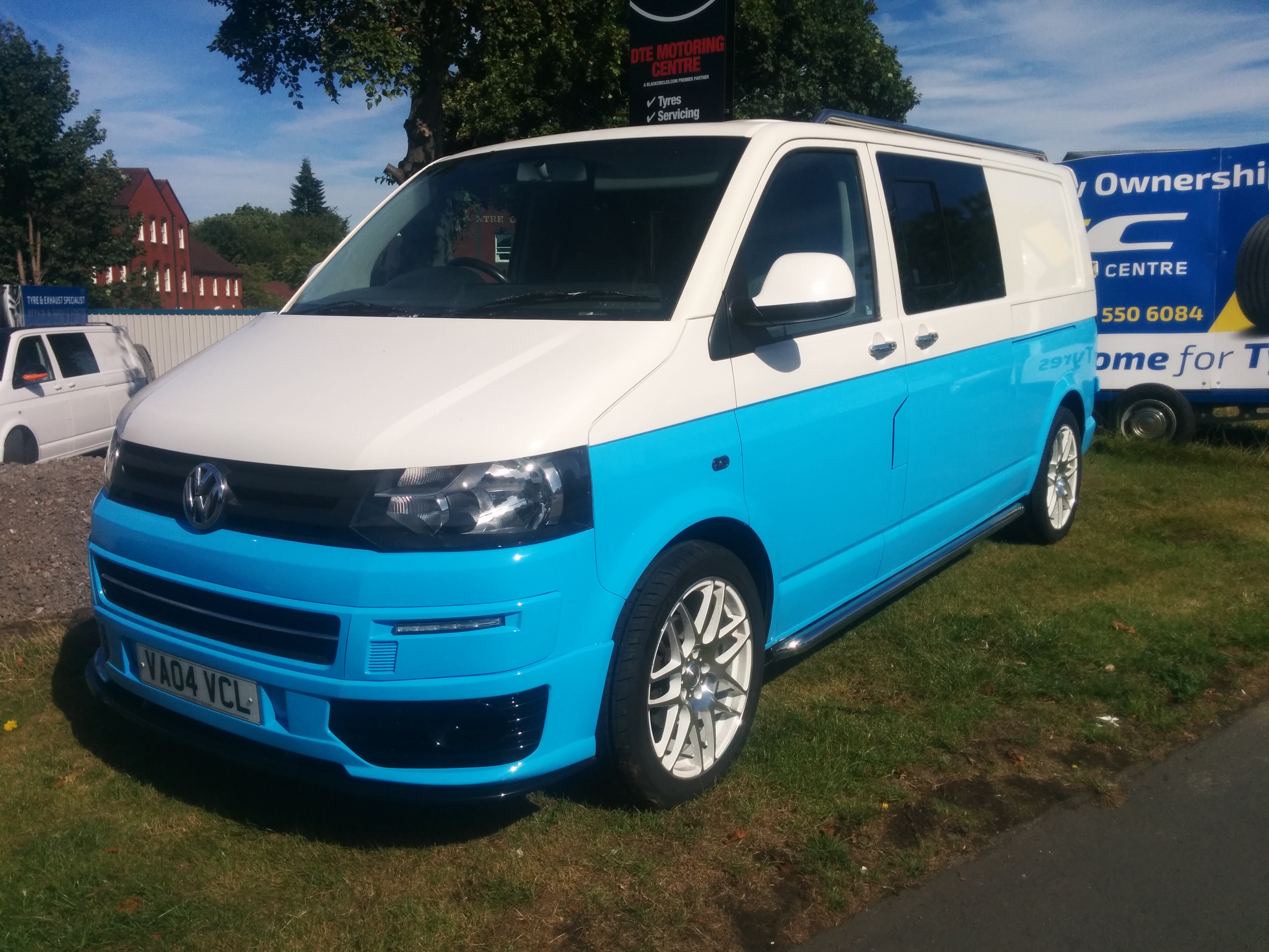 for sale volkswagen transporter t5 van white and blue. Black Bedroom Furniture Sets. Home Design Ideas