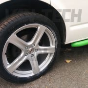 vw-transporter-for-sale-t5-white-and-green-15