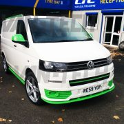 vw-transporter-for-sale-t5-white-and-green-17