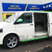vw-transporter-for-sale-t5-white-and-green-21