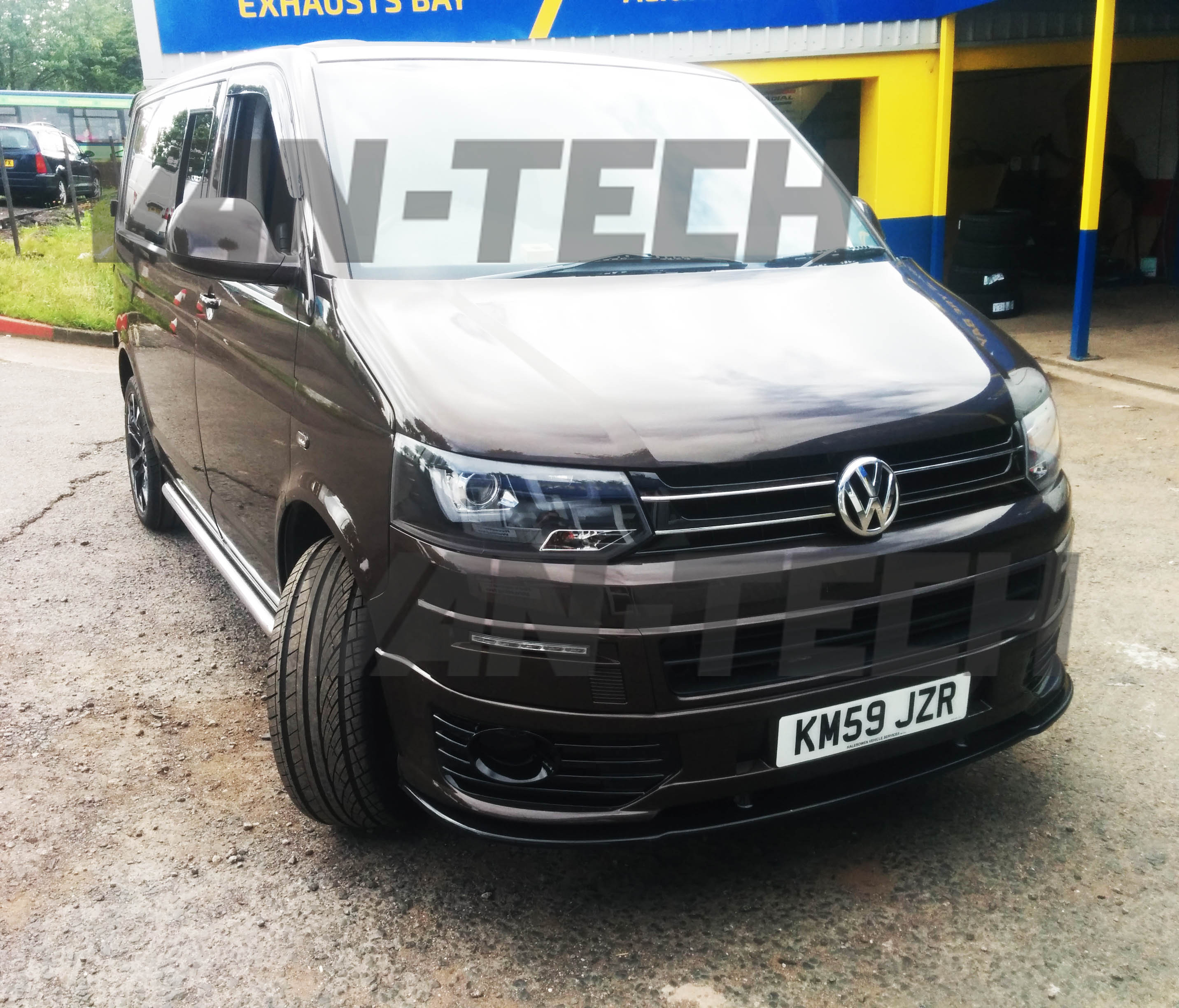 sold volkswagen transporter t5 1 barn door 2009 1 9tdi chocolate brown swb van tech. Black Bedroom Furniture Sets. Home Design Ideas