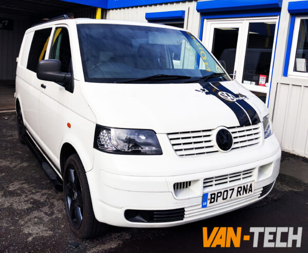 volkswagen transporter t5 factory combi van white 2007 1 9 tdi swb. Black Bedroom Furniture Sets. Home Design Ideas