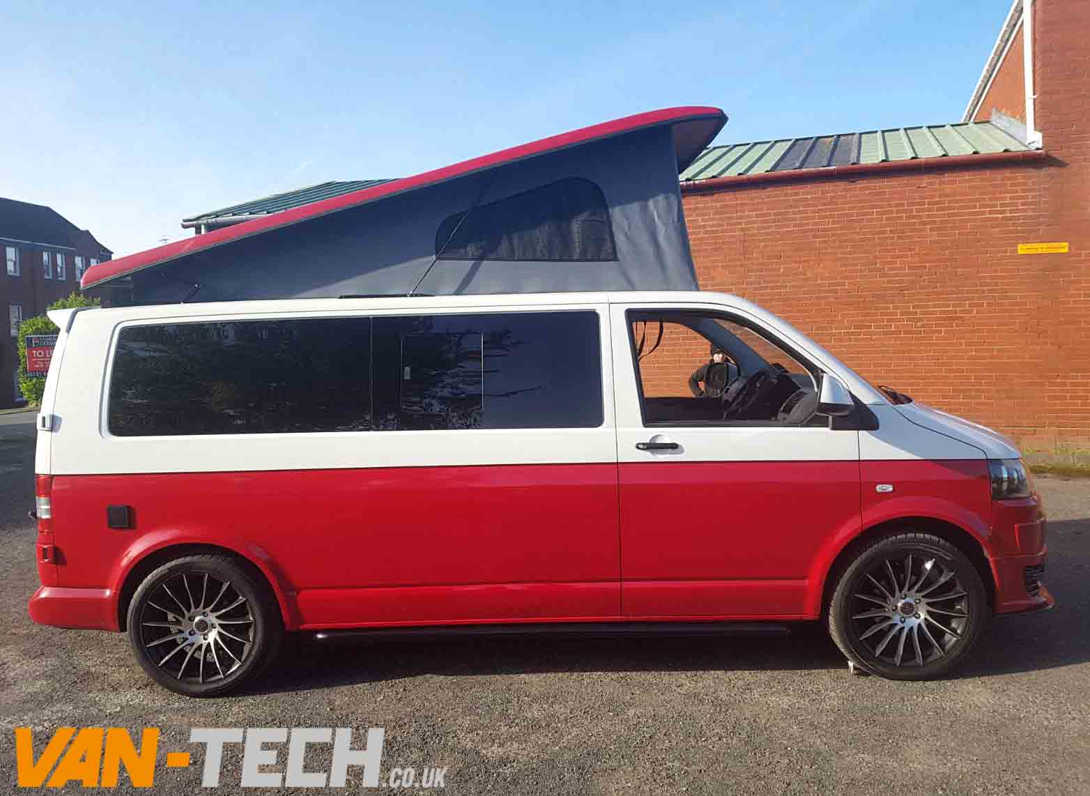 Sold Vw Transporter T5 1 Camper Van White And Red Two Tone