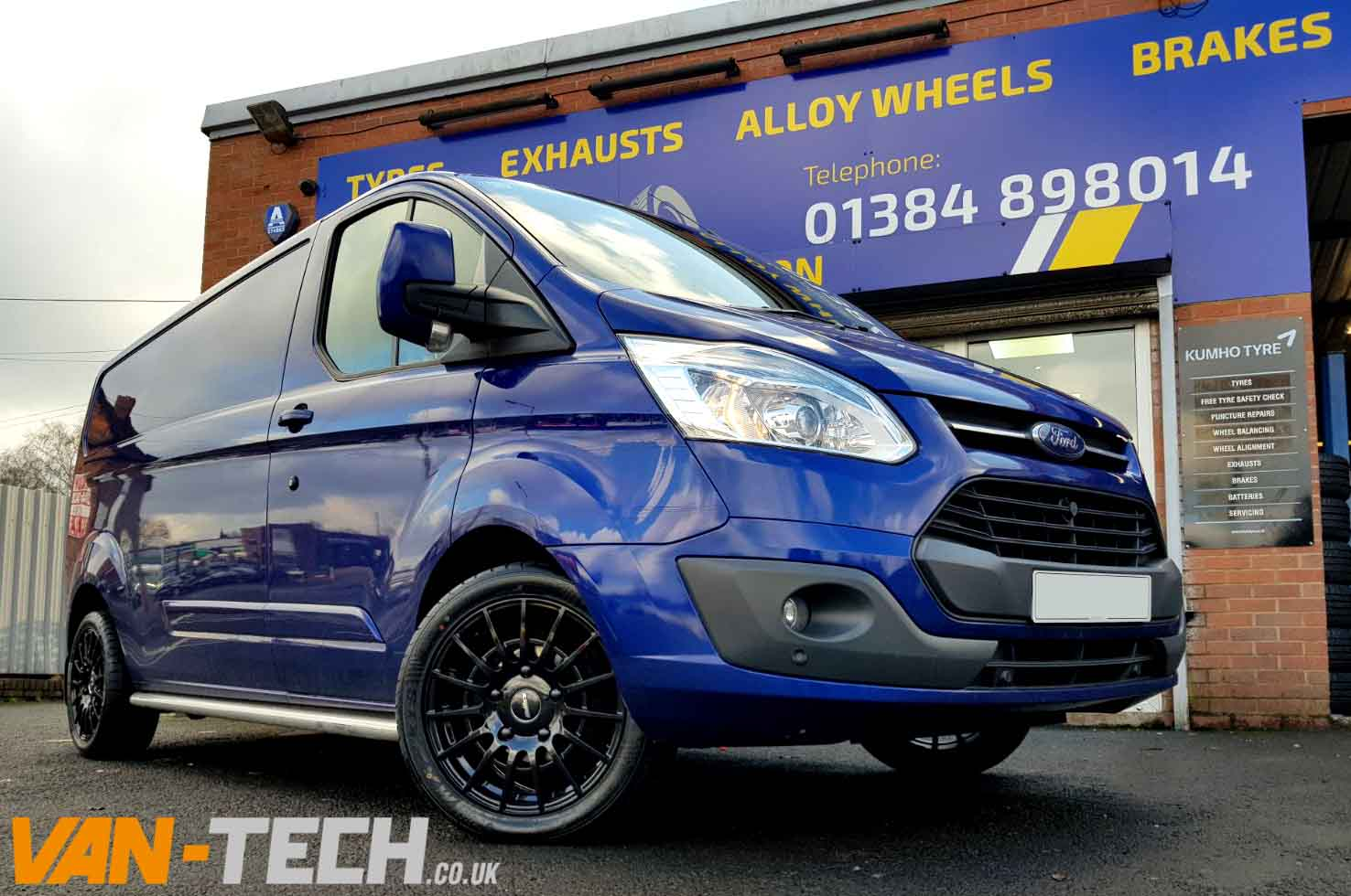 ford transit custom with calibre t sport 18 gloss black. Black Bedroom Furniture Sets. Home Design Ideas