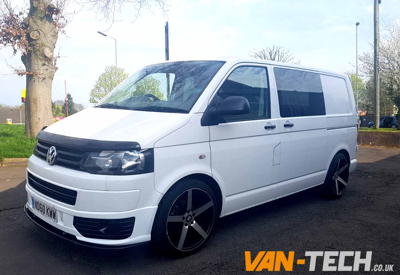 sold volkswagen transporter white t5 1 2010 diesel van tech. Black Bedroom Furniture Sets. Home Design Ideas