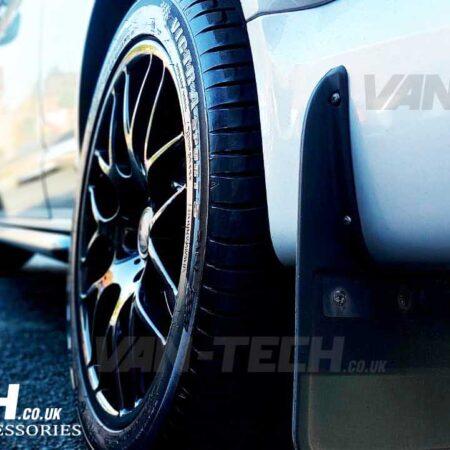 VW Transporter T6 Riva DTM 20″ Alloy Wheels Gloss Black